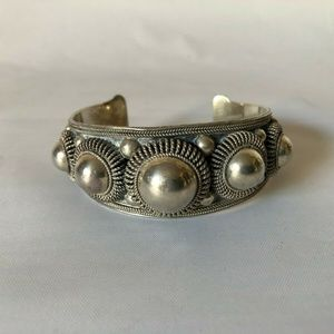 Vintage Sterling Silver Thai Ball Cuff Bracelet